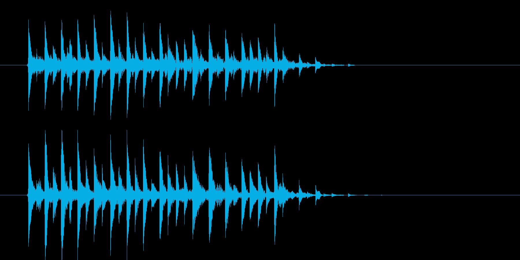 近未来的な華やかさのあるテクノポップの再生済みの波形