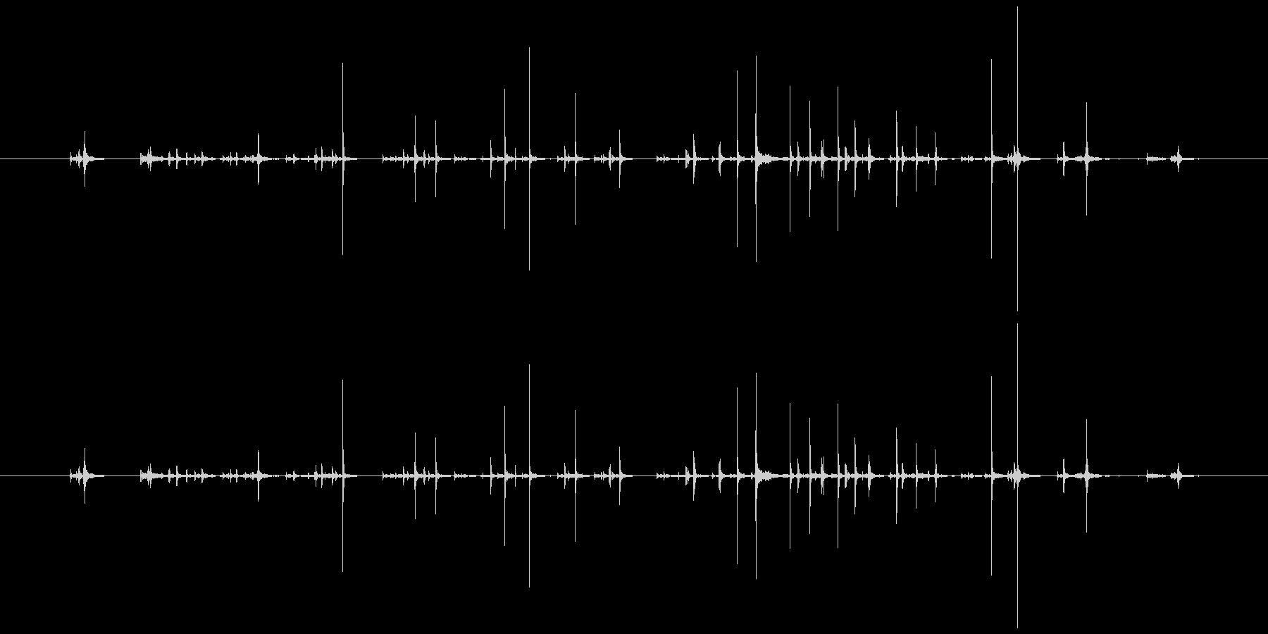 紙 カードシャッフルテーブル04の未再生の波形