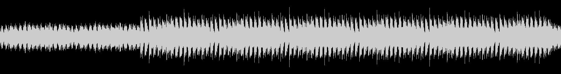 ループ:前進感あるシンプルなハウスビートの未再生の波形