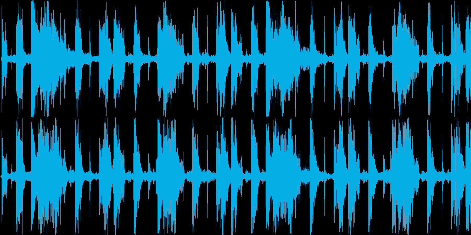 ハードなドラムを基本にした楽曲です。の再生済みの波形