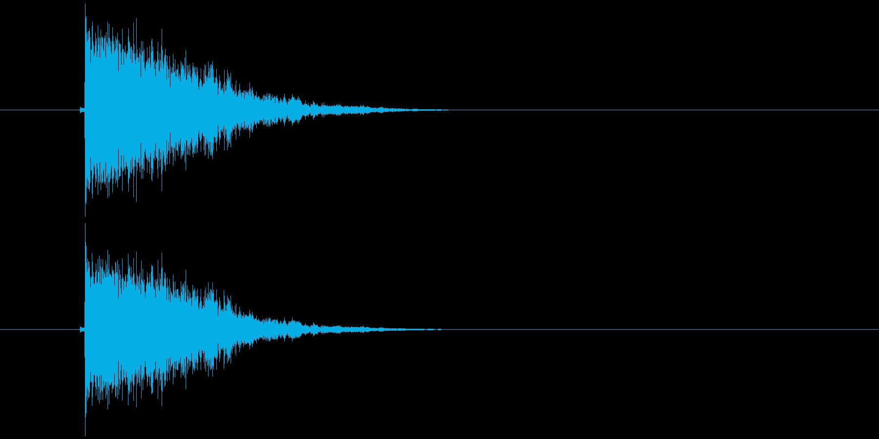パリーンとガラスが割れて飛び散るような音の再生済みの波形