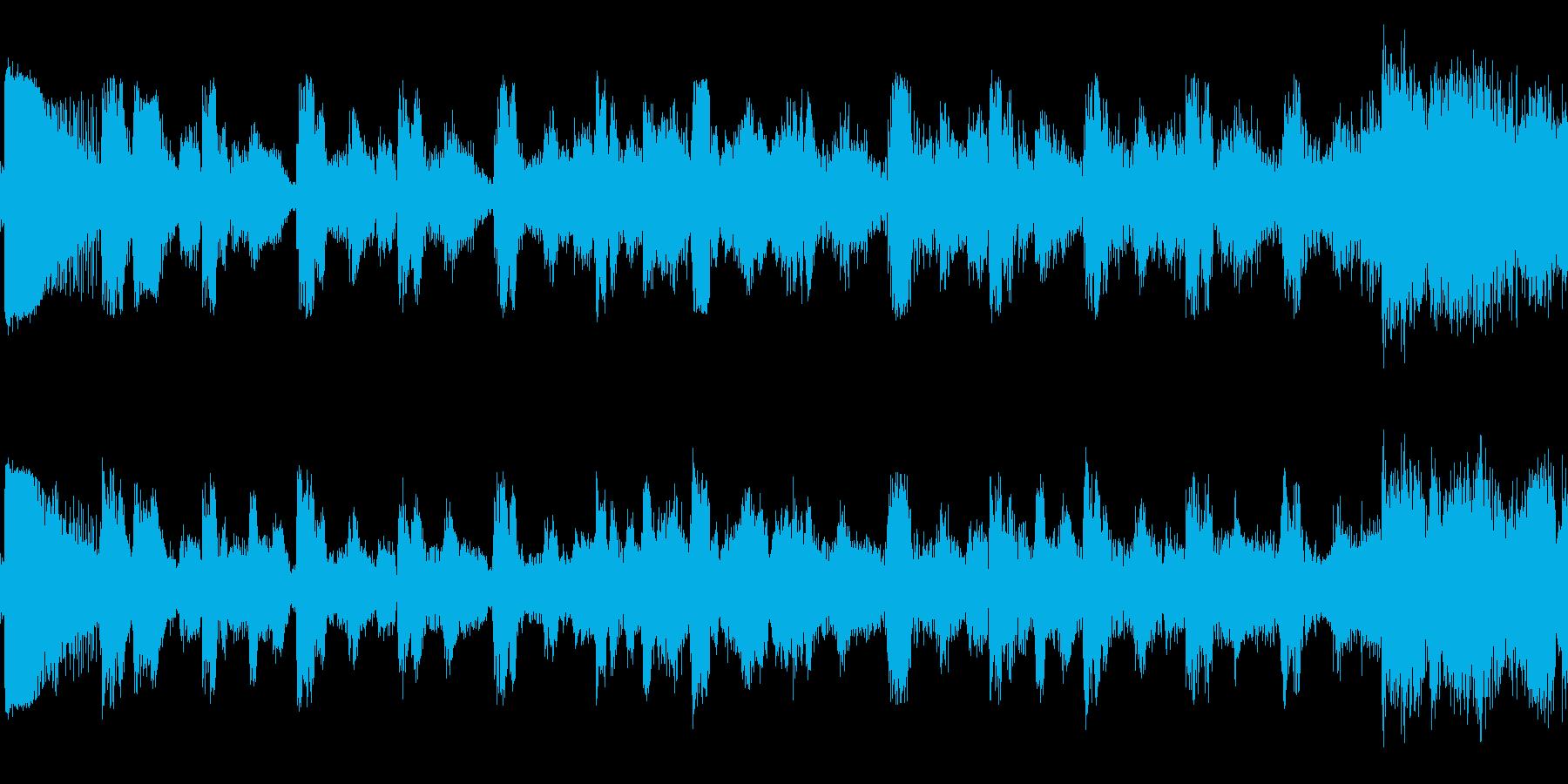 「4つ打ちのクセないダンスLoop曲」の再生済みの波形