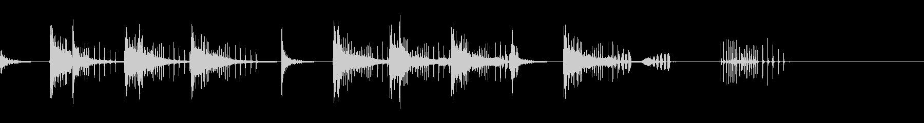 とんとん(派手な建設中の音)B18の未再生の波形