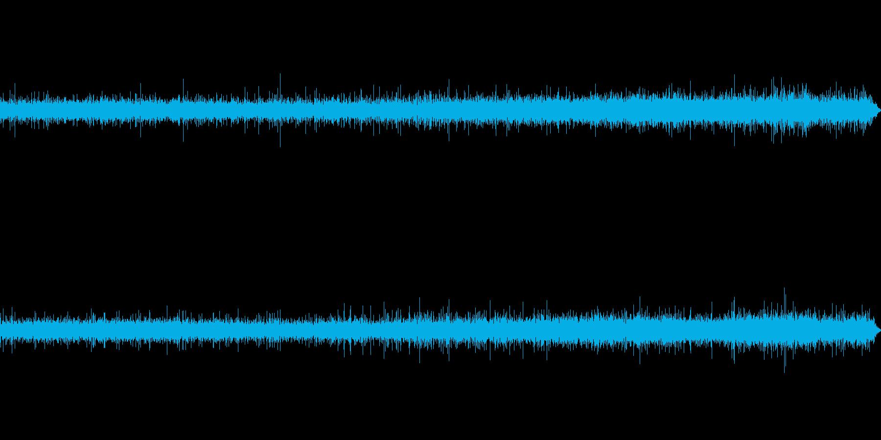ビニール傘に当たる雨音-1の再生済みの波形