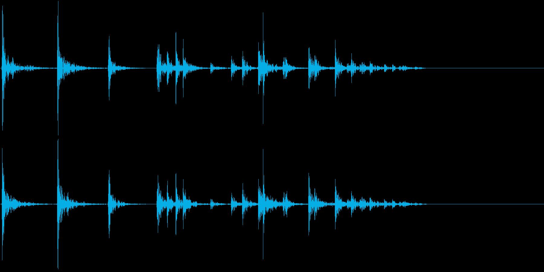 【生録音】プラスチックの容器が転がる 2の再生済みの波形