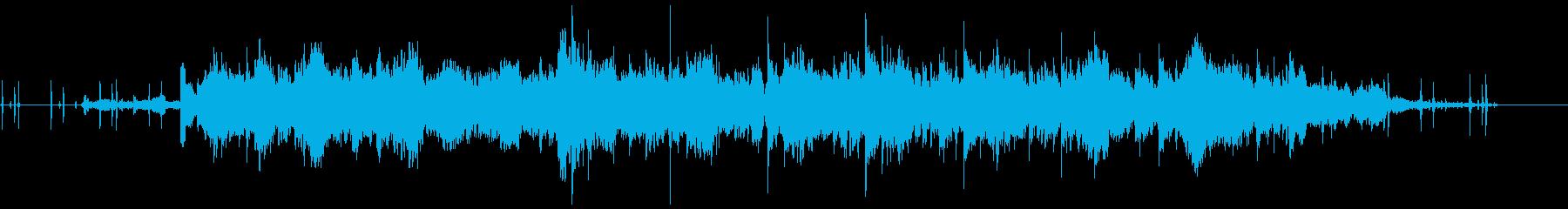 邪魔なバックグラウンドノイズと奇妙...の再生済みの波形