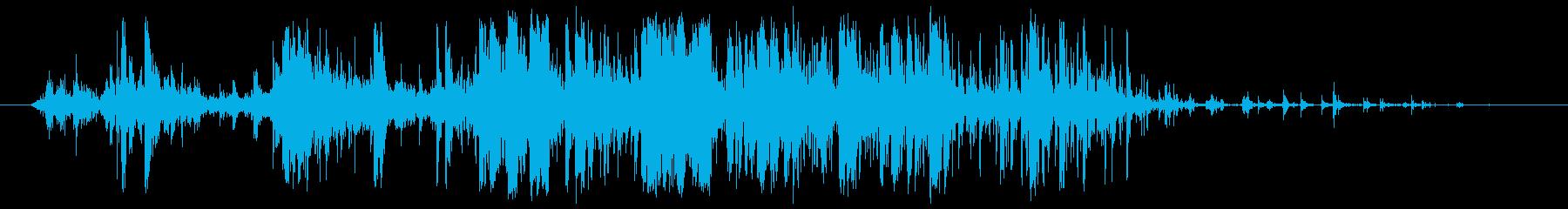 落ち葉を強く握る 踏む(クシャリィ)の再生済みの波形