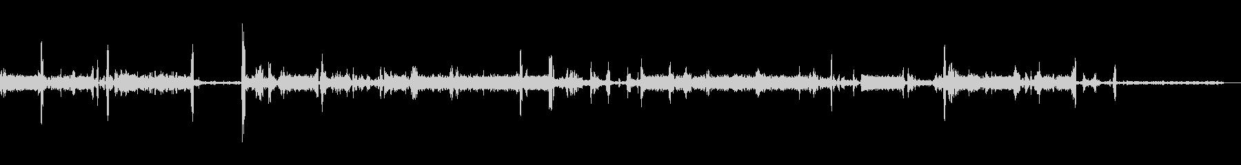 無線機のノイズの未再生の波形