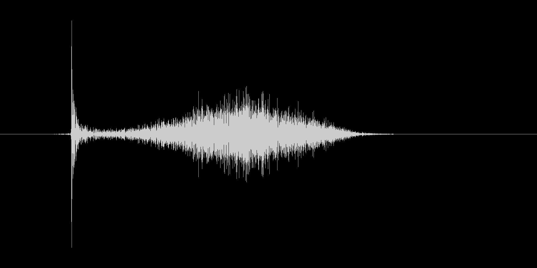 チョークで横線を引いたときの効果音の未再生の波形