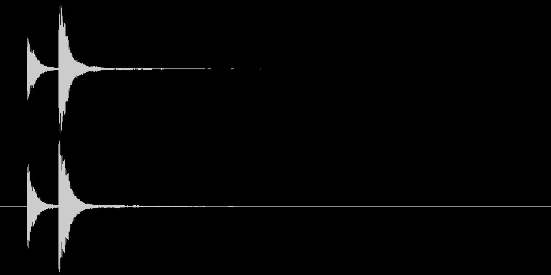 音侍「チチン」囃子当り鉦の連打音リバーブの未再生の波形