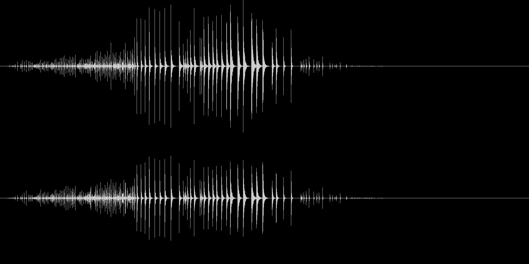 何かが転がるような効果音の未再生の波形
