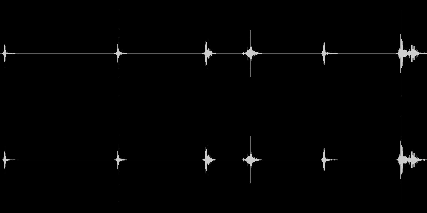 ボディパット、フォーリーの未再生の波形