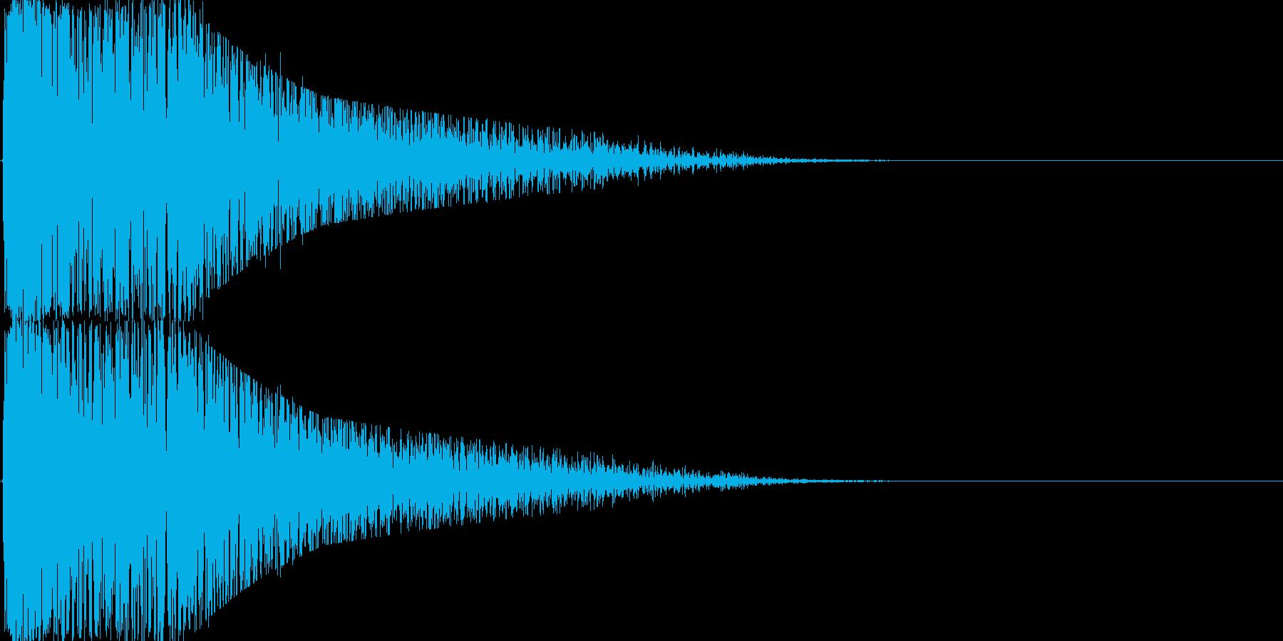 雷、ピカ!ゴロゴロ…普通のカミナリの再生済みの波形