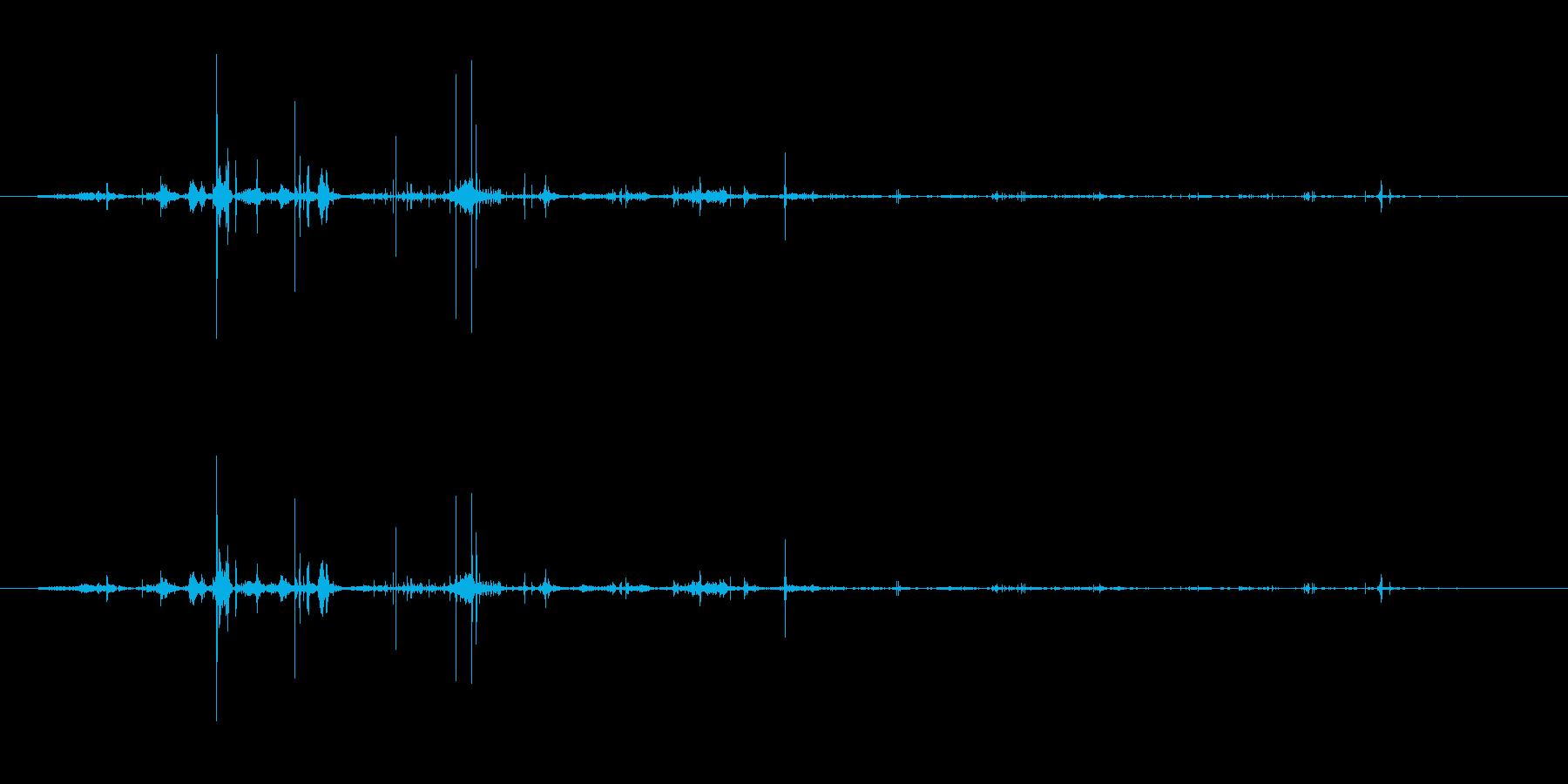 紙 メモ帳シートくしゃくしゃ03の再生済みの波形