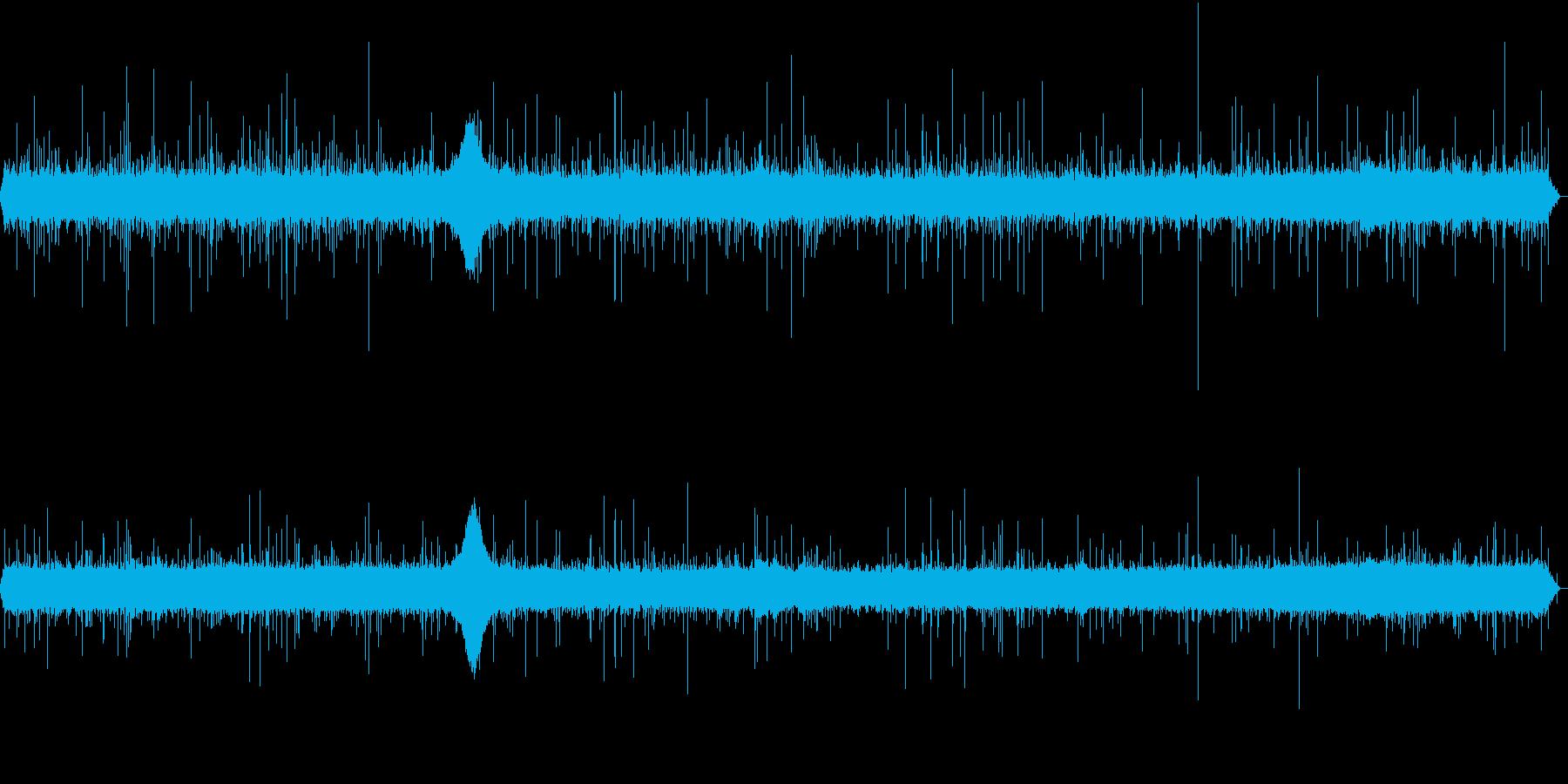 【生録音】日本 東京に降る雨の音 3の再生済みの波形