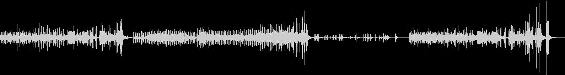 2台の鍵盤打楽器とチェロのトリオの未再生の波形