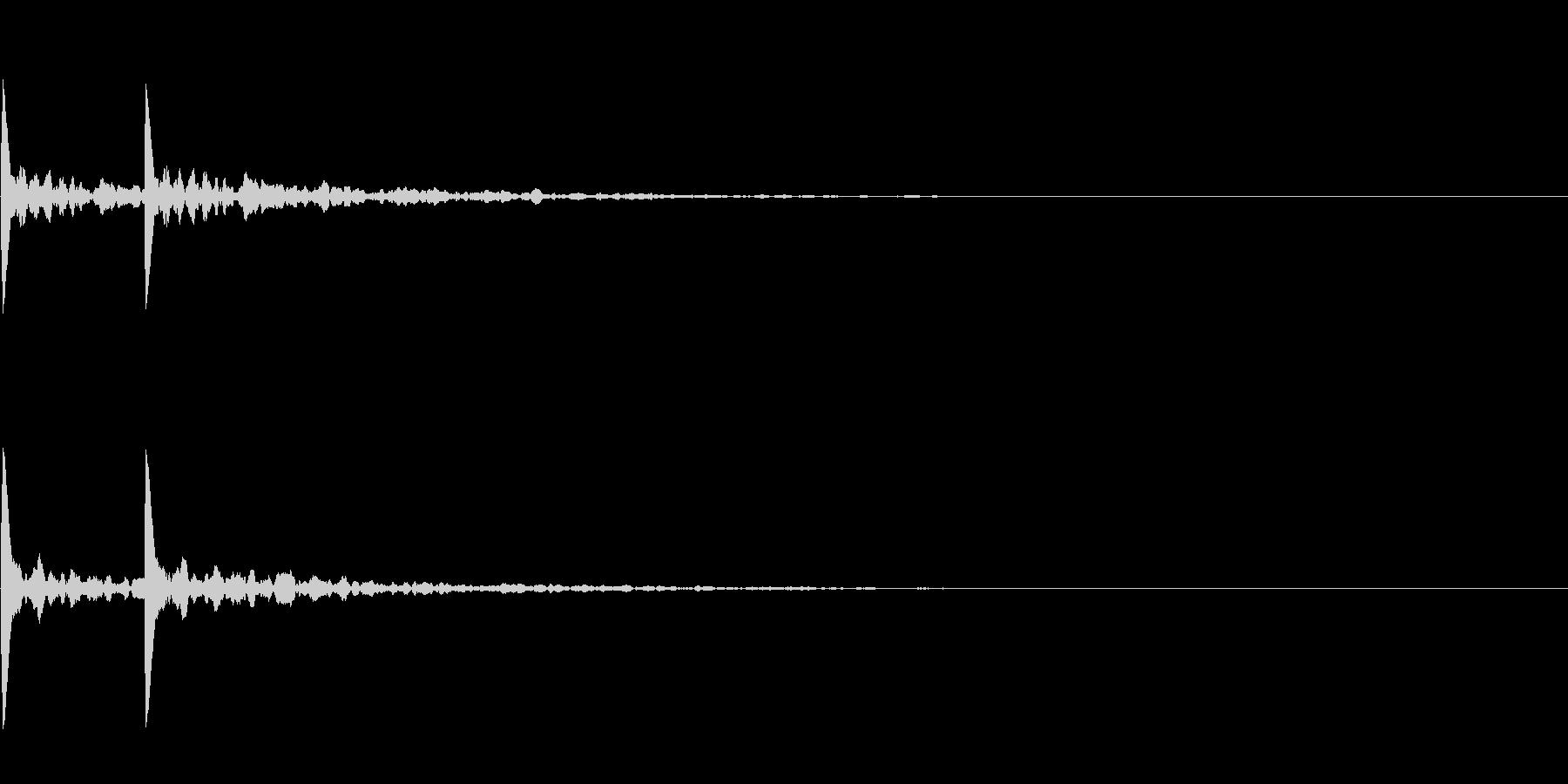拍子木「カカン」(エコー深め)の未再生の波形