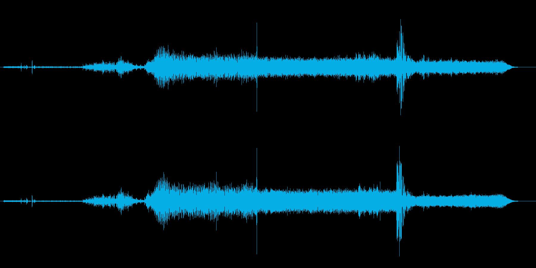 飛行機のシングルプロップタクシー-...の再生済みの波形