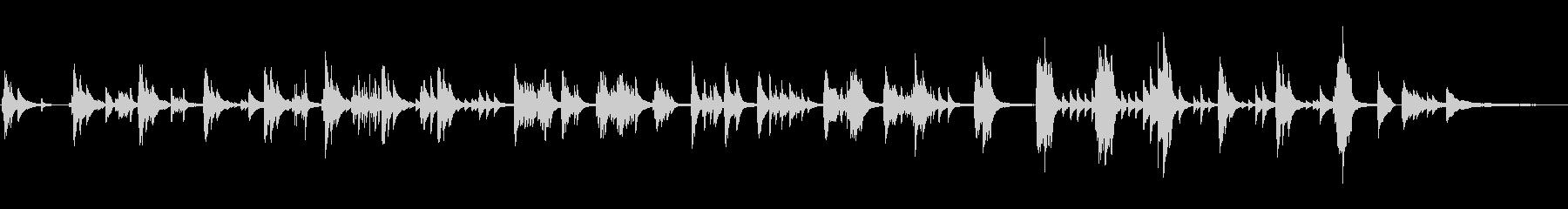 ソロピアノ。繊細な「疑問」のテーマ...の未再生の波形