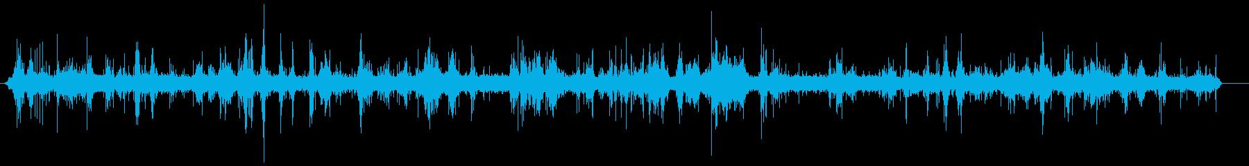 波-小-小石のビーチ-低-閉じるの再生済みの波形