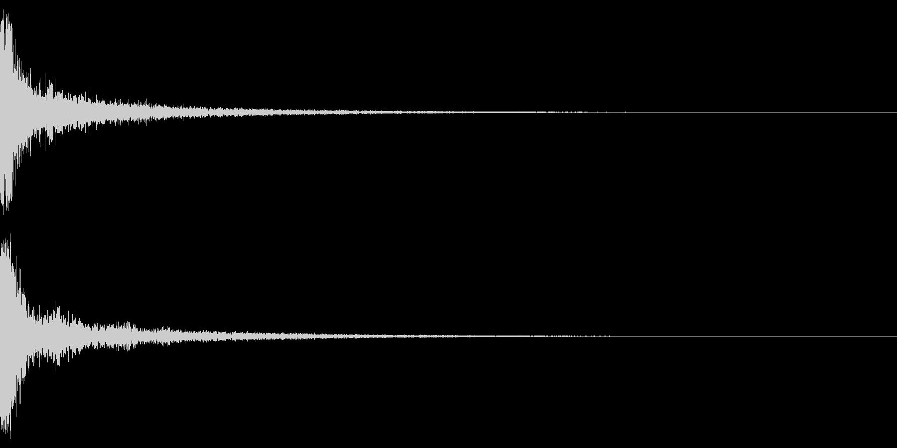 パーン(金属バットで野球の軟球を打つ音)の未再生の波形