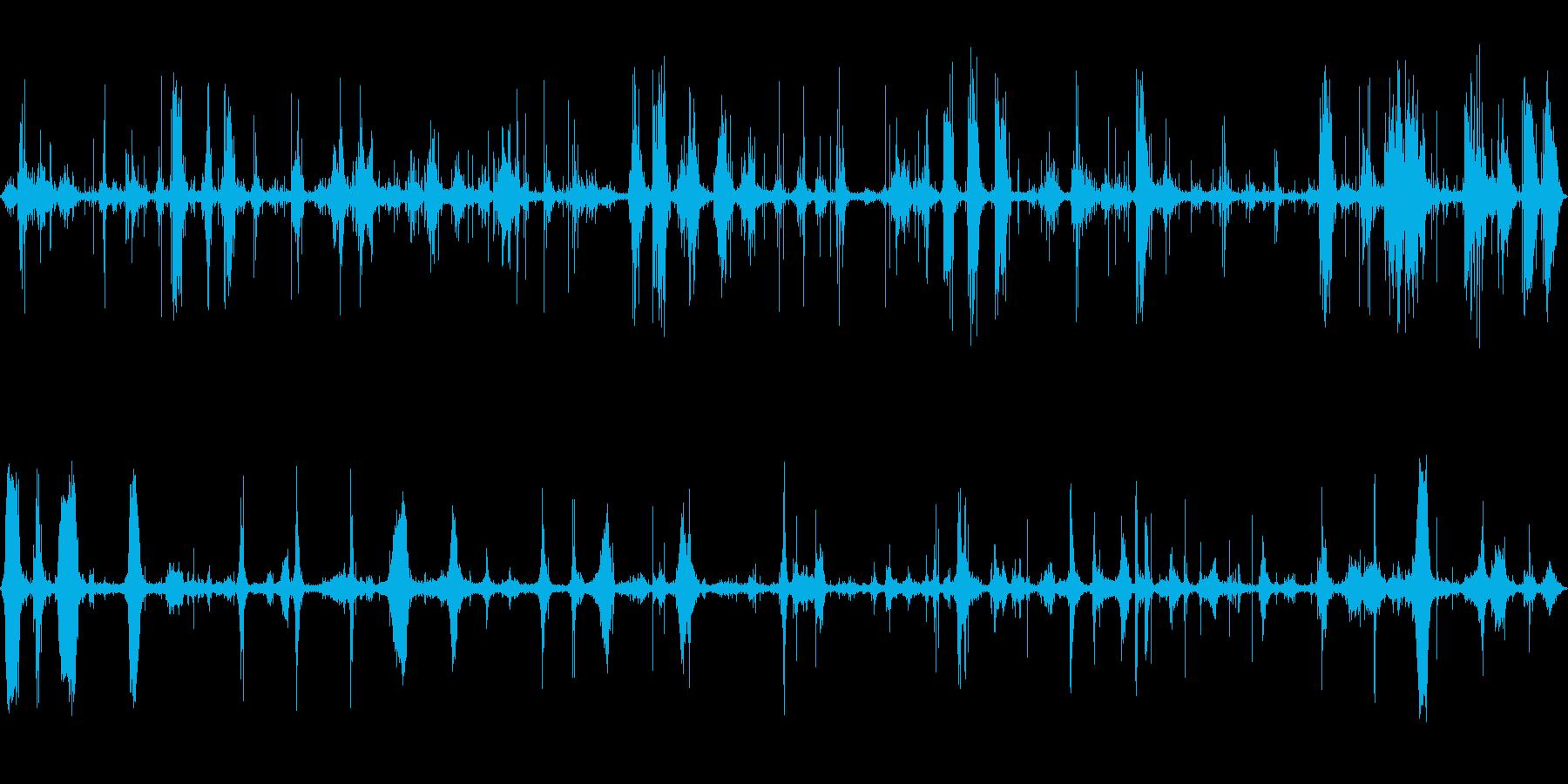 ザザーン (波の音、近く)の再生済みの波形