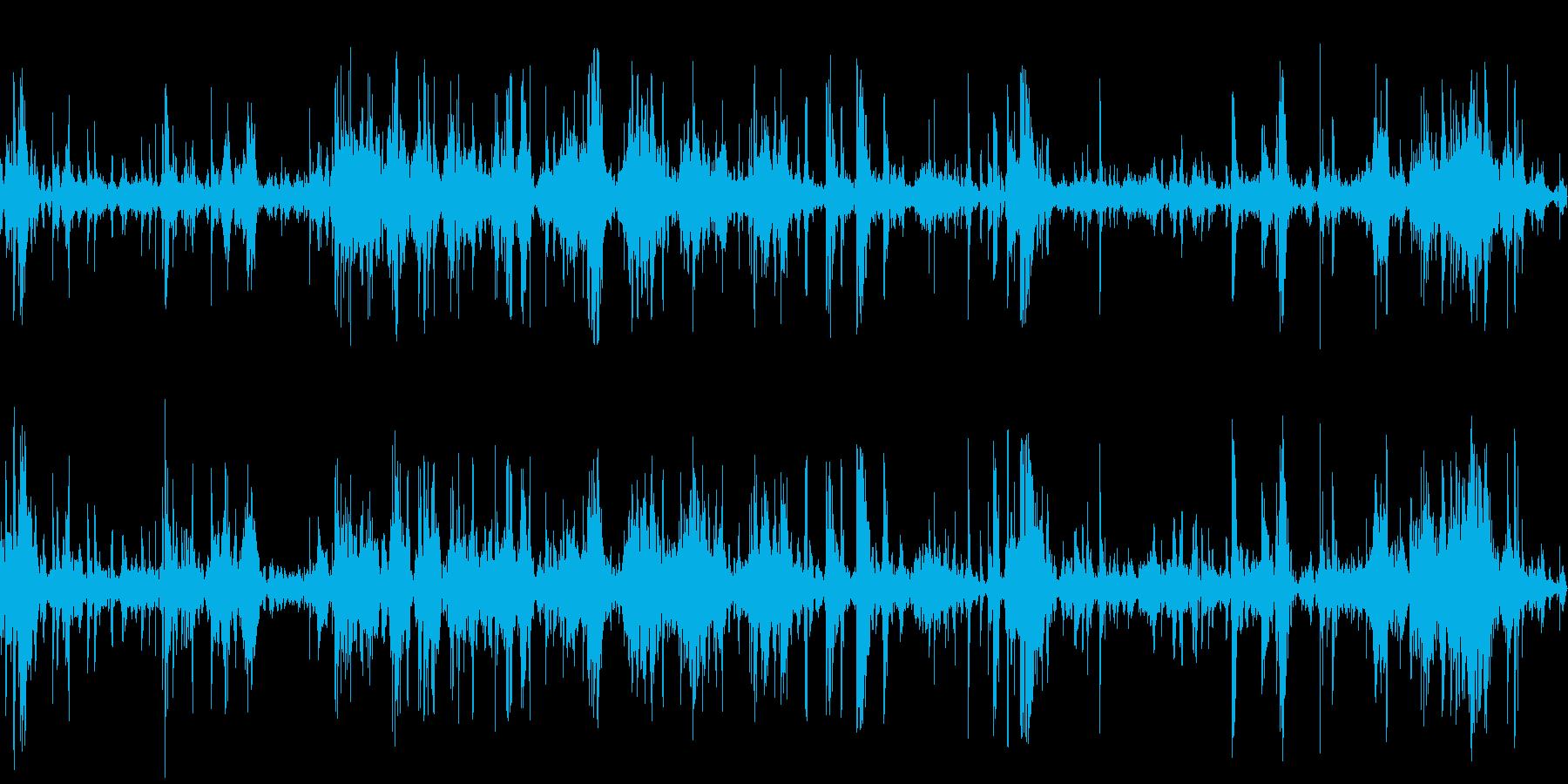 ガラクタの山をあさるの再生済みの波形