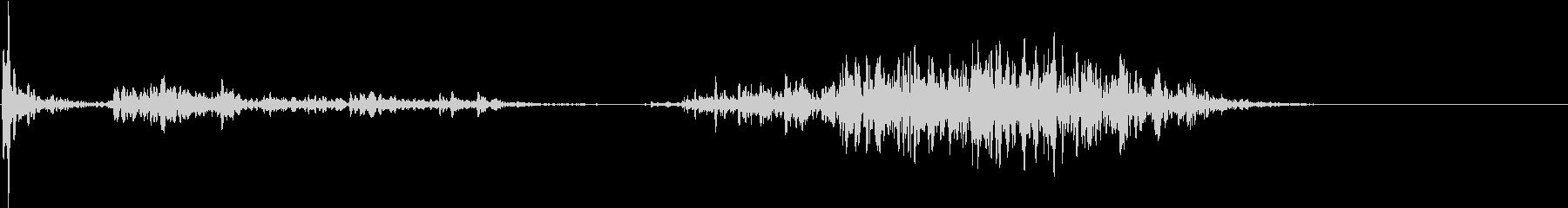 【生録音】ペンで書く音 机 1の未再生の波形