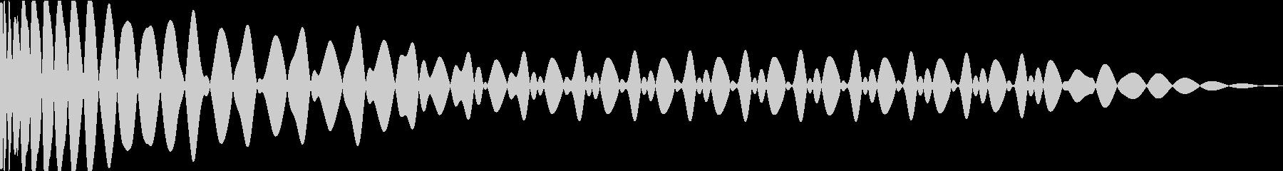 EDMキック キーFの未再生の波形