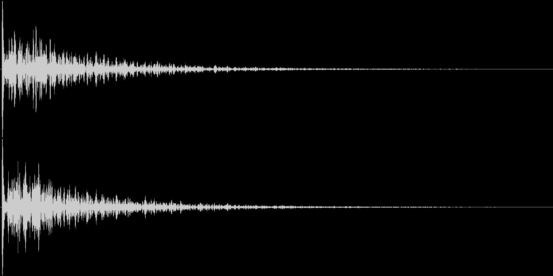 ドーン(映画予告のあの音)の未再生の波形