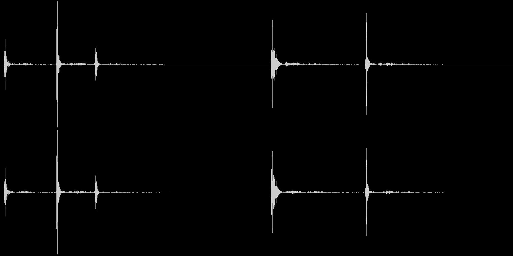 Anime 指の関節を鳴らす音 3の未再生の波形