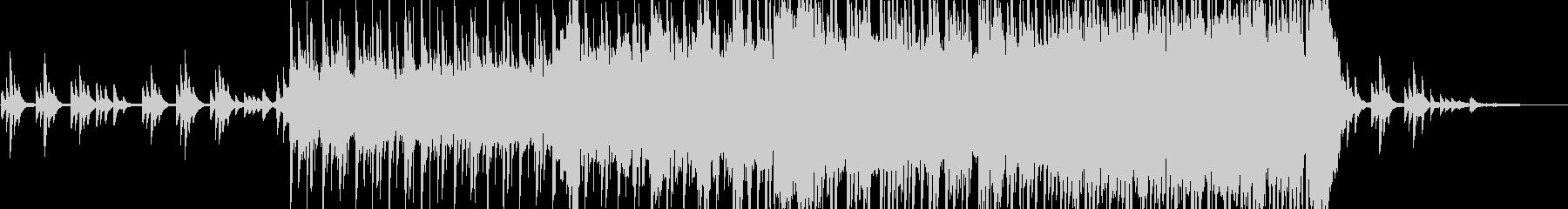 ピアノ中心の和風インスト(太鼓等あり)の未再生の波形