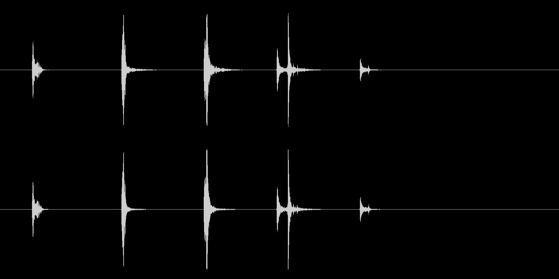 【SE】ナイフ 当てる音  擦る音の未再生の波形