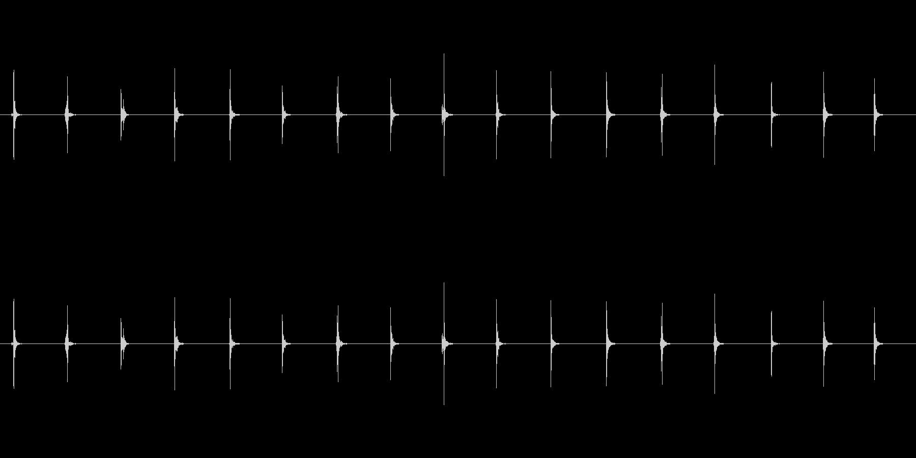 【足音03-1L】の未再生の波形