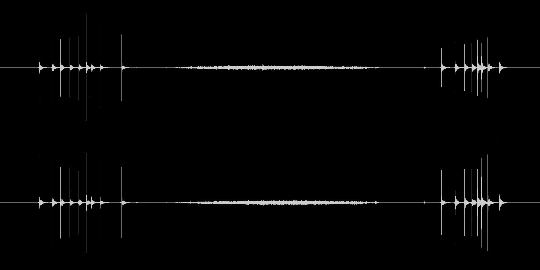 カッターナイフ 出す切るの未再生の波形