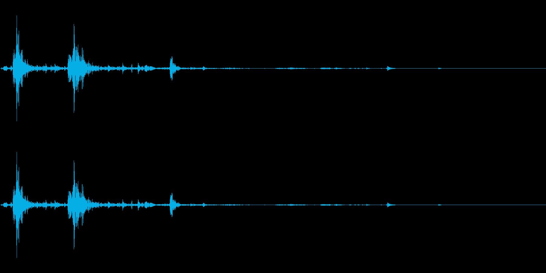ぺちゃ(足音/モンスター/水生動物)の再生済みの波形