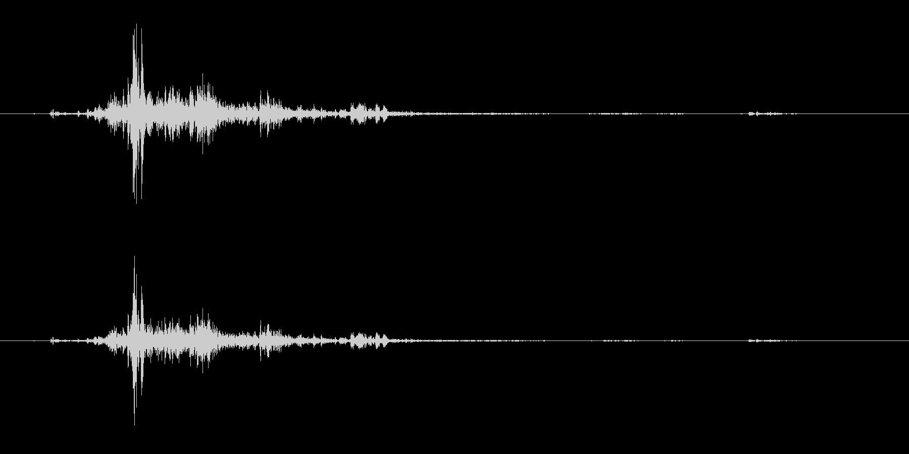 バリバリドーン(落雷の音(雷のみ抽出))の未再生の波形