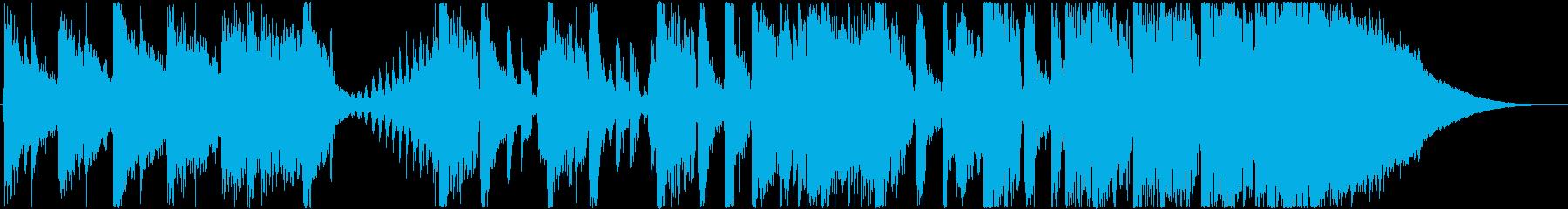 ピアノとストリングスによる都会的サウンドの再生済みの波形