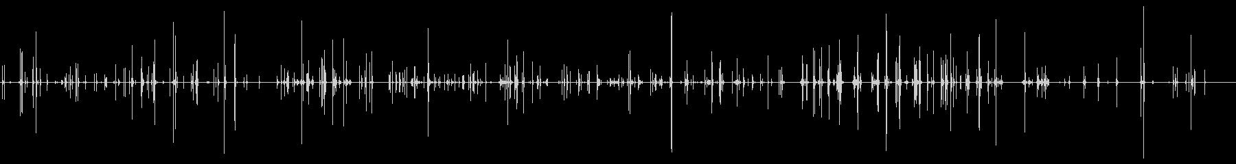 テーブルの上の一般的な皿の騒音の未再生の波形