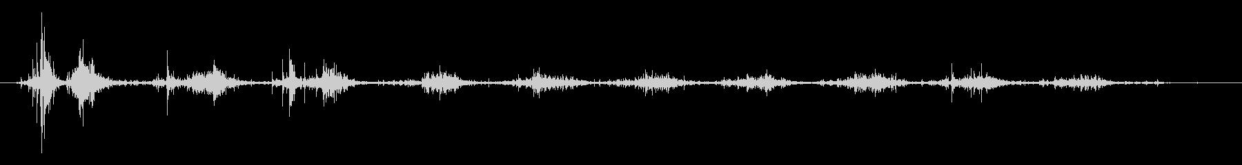 タブレッド菓子出す音・振る音4の未再生の波形