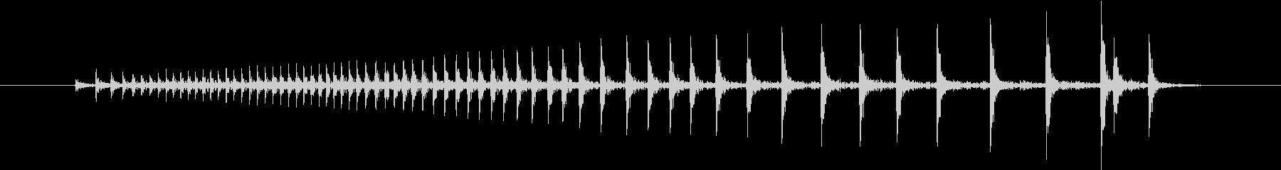 【生録音】ドアがきしむ音の未再生の波形
