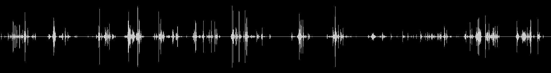 金属ツールラトル:ガタガタ音を立て...の未再生の波形