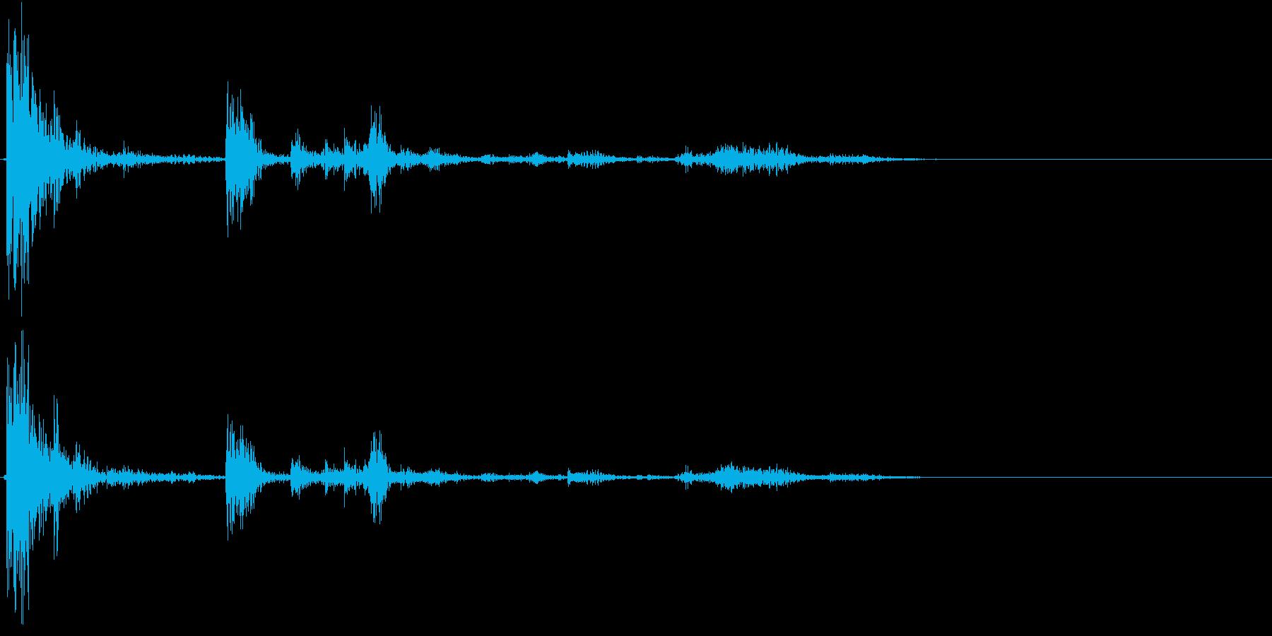 【生録音】ゴミ箱にゴミを投げ捨てる音 2の再生済みの波形