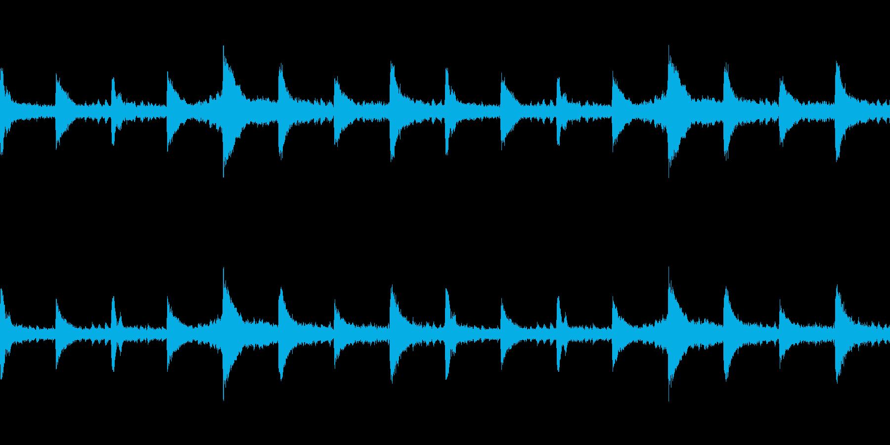 魔法のような風変わりなチャームを備...の再生済みの波形