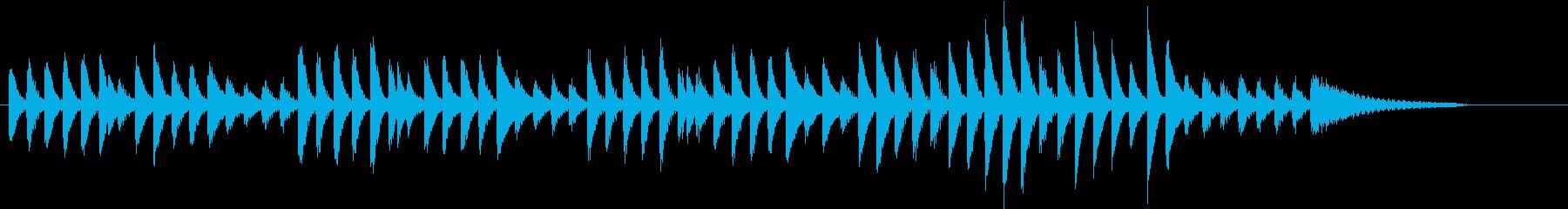 可愛く弾み踊る冬のトキメキピアノジングルの再生済みの波形