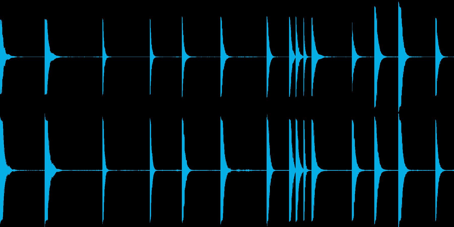 金属のクランクは様々なヒットの再生済みの波形