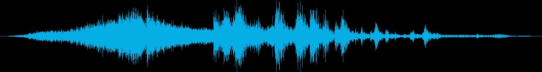 マッスルカー:パスバイ、スキッド、...の再生済みの波形