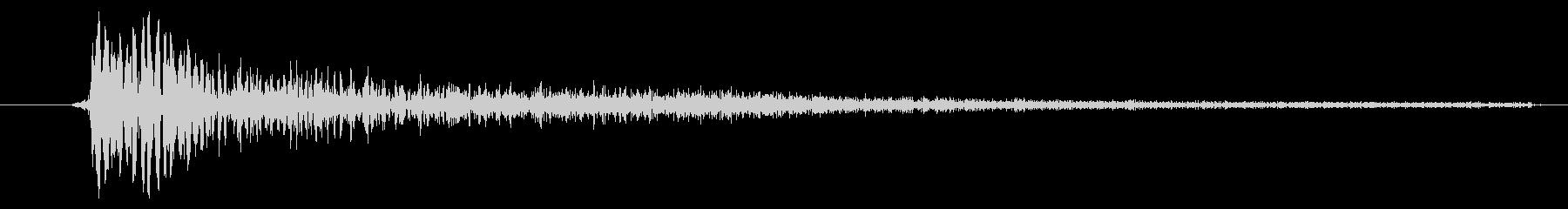 ダンスミュージック向けスネアドラム1発の未再生の波形