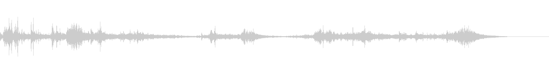 カミナリ(遠雷)-40の未再生の波形