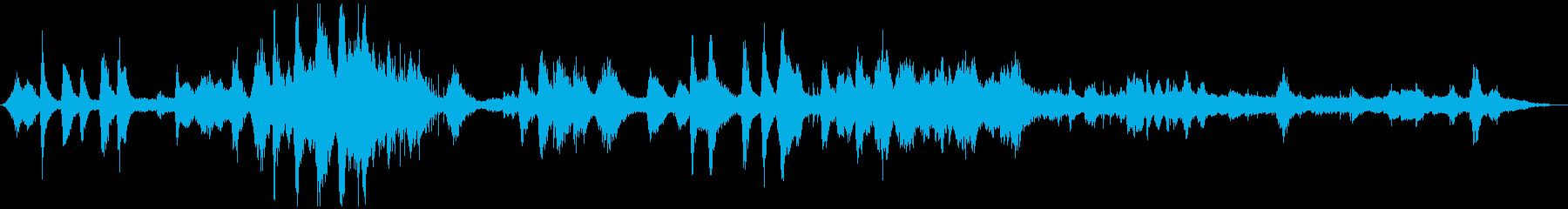 水泳レース、群衆の反応と口WH、ス...の再生済みの波形